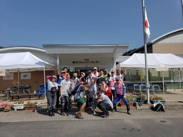 Hope Japan 2018 team with local volunteers in Hiroshima Prefecture